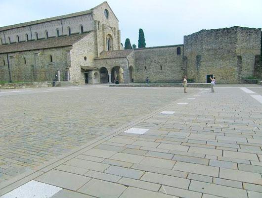 Pietra70 piazza in arenaria